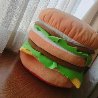 マクドナルド(マクドナルド)の【ラスト1点】【新品】非売品 マクドナルド ハンバーガークッション おもちゃ(ノベルティグッズ)
