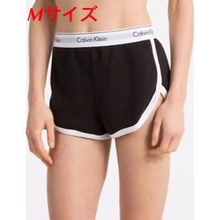カルバンクライン(Calvin Klein)のMサイズ ブラック ショートパンツ カルバンクライン(ショートパンツ)