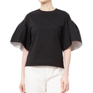 ルシェルブルー(LE CIEL BLEU)のラッフルトップス ¥17,600(シャツ/ブラウス(半袖/袖なし))