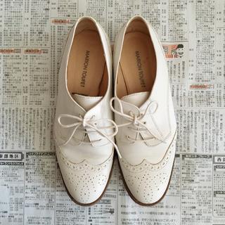 イエナ(IENA)の値下げ【MARION TOUFET】ウィングチップシューズ (ローファー/革靴)