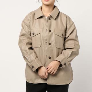 ローリーズファーム(LOWRYS FARM)のフェイクレザーシャツジャケット(その他)
