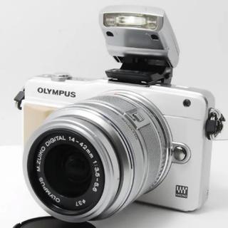 OLYMPUS - ⭐美品⭐ OLYMPUS E-PM2 ホワイト 東芝無線LAN 16GB付き‼︎