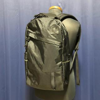 ビームス(BEAMS)のTopo designsトポデザイン daypack リュックサック(バッグパック/リュック)