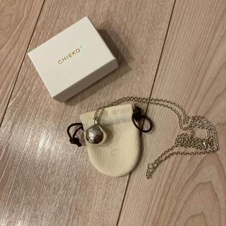 chieko ボールネックレス(ネックレス)