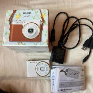 カシオ(CASIO)のカシオ デジタルカメラ je10 ホワイト(コンパクトデジタルカメラ)