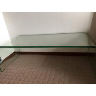 ガラス一枚でできたローテブルー(ローテーブル)
