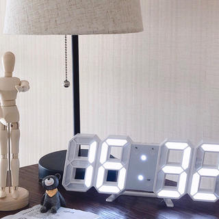 新品 3D 置き時計 壁掛け時計 デジタルled 韓国 インテリア 白 ホワイト(置時計)