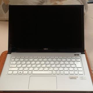 エヌイーシー(NEC)のNEC LaVie Z PC-LZ750LS 純正フェルトケースと復元用USB付(ノートPC)