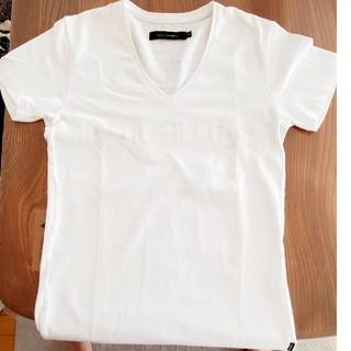 ウノピゥウノウグァーレトレ(1piu1uguale3)のVネック Tシャツ ウノピュウノウグァーレトレ(Tシャツ(半袖/袖なし))