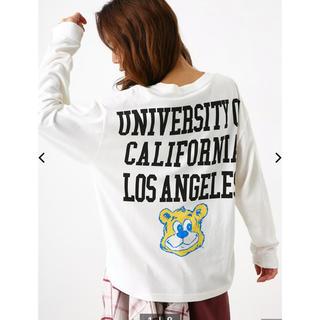 ロデオクラウンズワイドボウル(RODEO CROWNS WIDE BOWL)のRODEO CROWNS UCLA ロングスリーブ Tシャツ(Tシャツ/カットソー(七分/長袖))