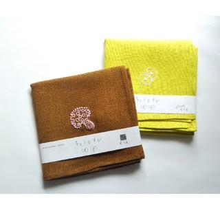 ミナペルホネン(mina perhonen)のNew‼️ミナペルホネン きのこ ちょうちょ リネン刺繍ハンカチセット 未使用新(バンダナ/スカーフ)