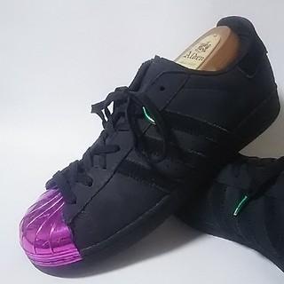 アディダス(adidas)の希少海外限定!アディダス.スーパースターメタルトゥー高級スニーカー入手困難!(スニーカー)