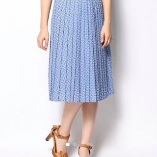 イッカ(ikka)のオパールプリーツスカート(ひざ丈スカート)