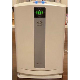ダイキン(DAIKIN)のDAIKIN 加湿空気清浄機「うるおい光クリエール」 MCK70P-W(加湿器/除湿機)