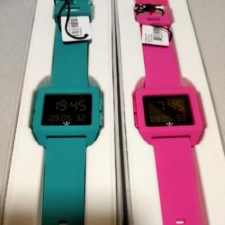 アディダス(adidas)のアディダス 腕時計 2色セット(腕時計(デジタル))