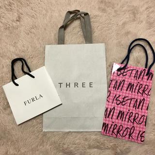 フルラ(Furla)のFURLA THREE ISETANMIRROR 紙袋 ショッパー(ショップ袋)