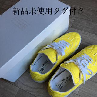 マルタンマルジェラ(Maison Martin Margiela)のマルジェラ スニーカー 靴 イエロー 未使用 希少 完売 レザー ホワイト(スニーカー)