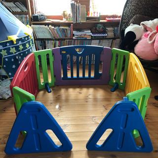 超美品❗️ 日本育児 キッズパーテーション ベビーゲート(ベビーフェンス/ゲート)