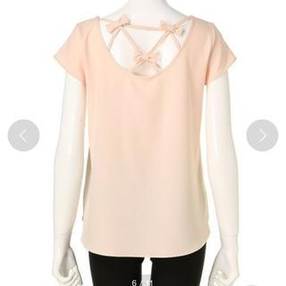 ミーア(MIIA)のMIIA バックプチリボンブラウス(Tシャツ(半袖/袖なし))