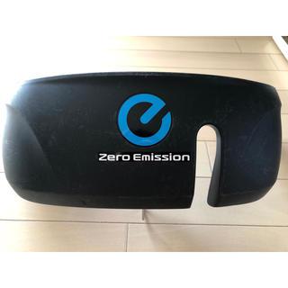 ニッサン(日産)の日産 リーフ 充電カバー ZE0  純正品(車外アクセサリ)