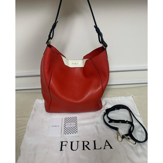 フルラ(Furla)の値下げ‼️フルラ 赤と白のハンドバッグ!斜め掛けも出来ます!(ハンドバッグ)