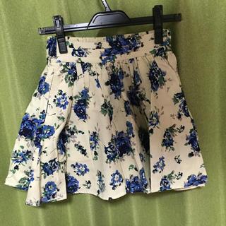 ローリーズファーム(LOWRYS FARM)のローリーズファーム 花柄フリルスカート(ミニスカート)