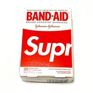シュプリーム(Supreme)のSupreme BAND-AID バンドエイド シュプリーム(日用品/生活雑貨)