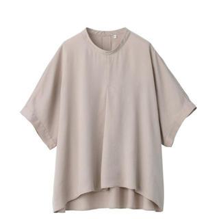 ムジルシリョウヒン(MUJI (無印良品))の新作 無印良品リヨセル五分袖ブラウス 婦人XS~S・ペールブラウン(シャツ/ブラウス(半袖/袖なし))