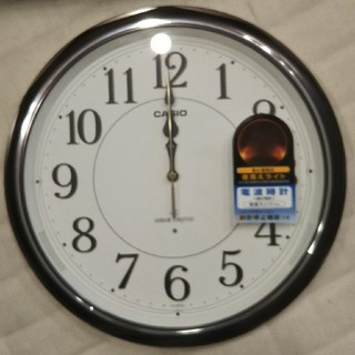 カシオ(CASIO)のカシオ  電波時計  IQ-1051NJ濃茶(掛時計/柱時計)
