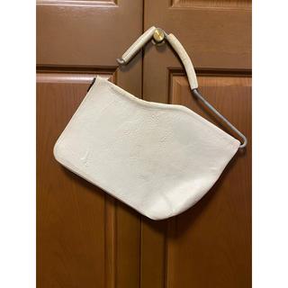 マルタンマルジェラ(Maison Martin Margiela)のカガリユウスケ kagari yusuke 鞄 白壁(セカンドバッグ/クラッチバッグ)