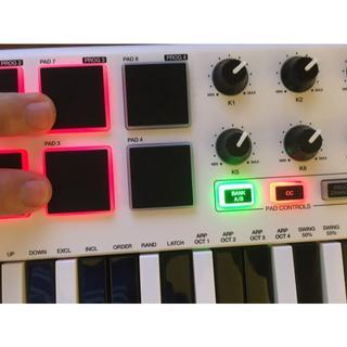 AKAI MPK mini MK2 MIDIキーボード(MIDIコントローラー)