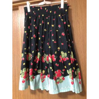 ジェーンマープル(JaneMarple)のJane Marple 苺柄スカート(ひざ丈スカート)