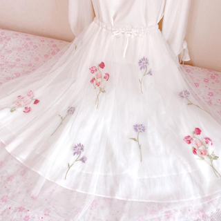 ウィルセレクション(WILLSELECTION)のウィルセレクション ♡シャイニーチュール刺繍スカート♡(ロングスカート)