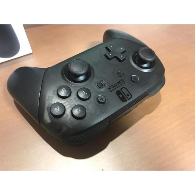 任天堂(ニンテンドウ)のNintendo Switch Proコントローラー エンタメ/ホビーのゲームソフト/ゲーム機本体(その他)の商品写真