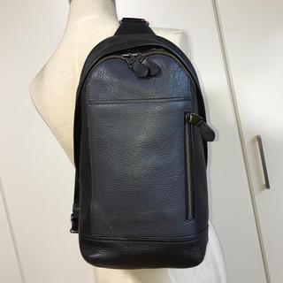 コーチ(COACH)のコーチ COACH 29084 レザースリングバッグ ボディバッグ中古 黒×紺(ボディーバッグ)