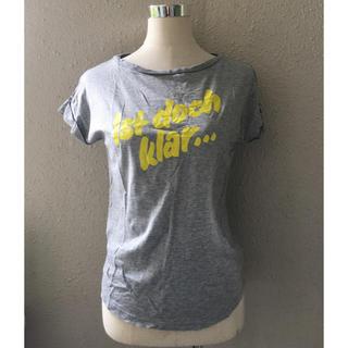 フレイアイディー(FRAY I.D)のフレイアイディーカジュアルTシャツakm(Tシャツ(半袖/袖なし))