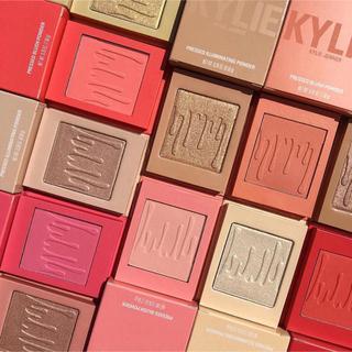 カイリーコスメティックス(Kylie Cosmetics)のkylie  cosmetics♡まとめ売り(フェイスカラー)