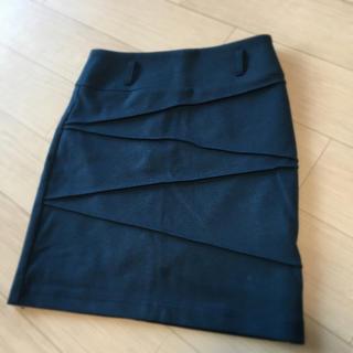 サリア(salire)のサリアスカート(ひざ丈スカート)