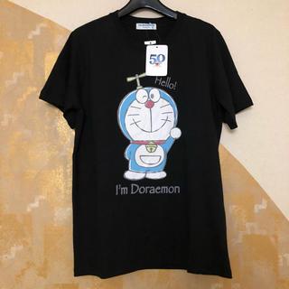 サンリオ(サンリオ)のドラえもん Tシャツ Mサイズ タグつき サンリオ 定価1,650円のお品(Tシャツ/カットソー(半袖/袖なし))