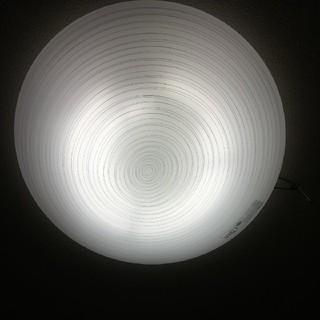 トウシバ(東芝)の東芝 TOSHIBA シーリングライト 東芝蛍光灯器具 11年製 紐で操作も出来(天井照明)