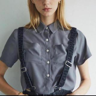 アリシアスタン(ALEXIA STAM)のjuemi ショート シフォンシャツ(シャツ/ブラウス(半袖/袖なし))
