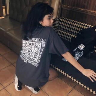 juemi MACCIU TYPO T グレー(Tシャツ(半袖/袖なし))