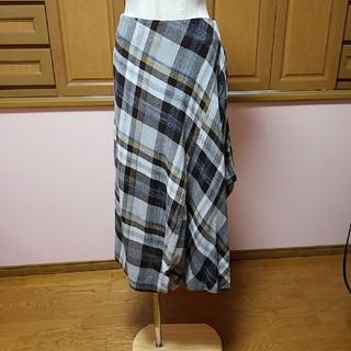 ヴィヴィアンウエストウッド(Vivienne Westwood)のヴィヴィアンウエストウッド スカート 【新品】インポート(ロングスカート)