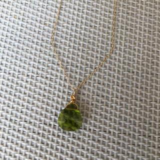 ☆ハンドメイド☆ スワロフスキーチャーム×ゴールドフィルドネックレス K14(ネックレス)