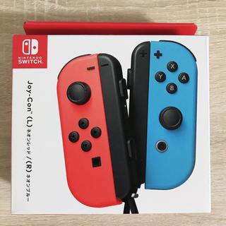 ニンテンドースイッチ(Nintendo Switch)の【新品未開封】Joy-Con (L) ネオンレッド/ (R) ネオンブルー(その他)