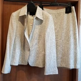 ニジュウサンク(23区)の新品タグつき 23区 ライトシャインツイードジャケット&スカート オンワード(スーツ)