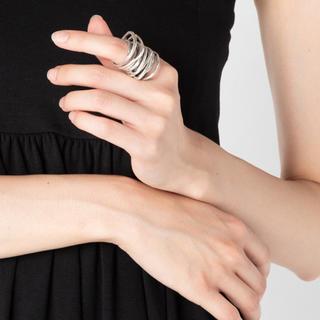 イオッセリアーニ(IOSSELLIANI)のイオッセリアーニ 8連リング silver925(リング(指輪))