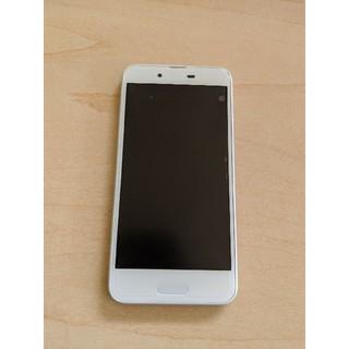 アクオス(AQUOS)のAQUOS sense SHV40  UQmobile SIMフリー ホワイト(スマートフォン本体)