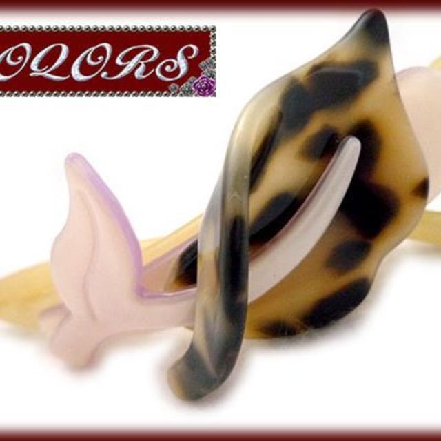 クロスクリップ【フラワー】Kブラック レディースのヘアアクセサリー(バレッタ/ヘアクリップ