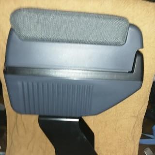 スバル(スバル)のスバルR2アームレストコンソール(車内アクセサリ)